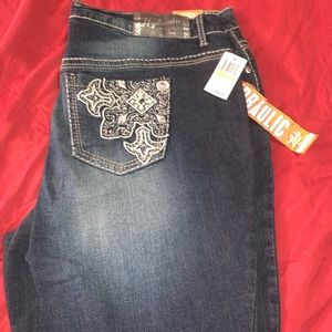 24W Hydraulic Lola Micro Boot Jeans
